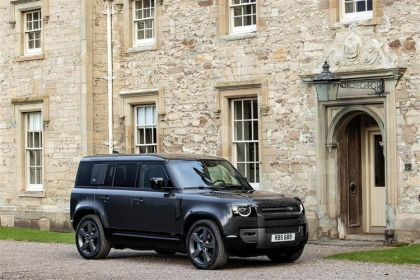 Land Rover Defender SUV 110 SUV 5Dr 3.0 P MHEV 400PS X 5Dr Auto [Start Stop] [5Seat]