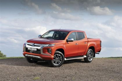 Mitsubishi L200 Pickup Pick Up Double Cab 4wd 2.2 DI-D 4WD 150PS Barbarian Pickup Double Cab Manual [Start Stop]
