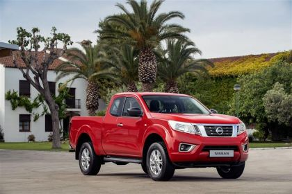 Nissan Navara Pickup PickUp DoubleCab 4wdS 2.3 dCi 4WS 190PS N-Guard AT32 Pickup Double Cab Auto