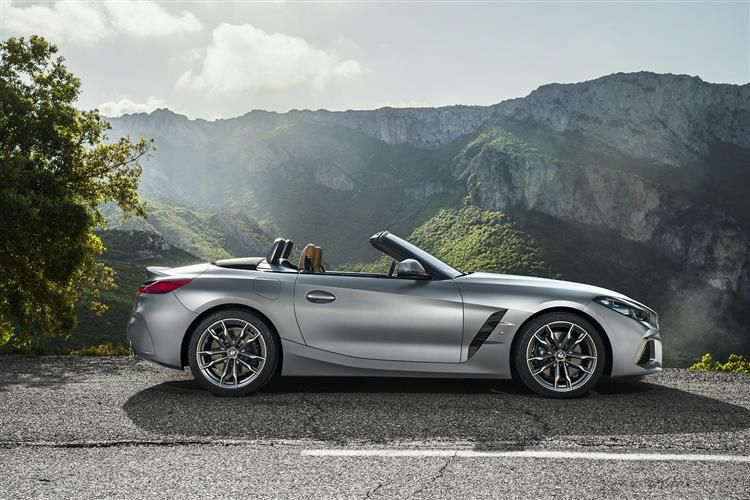 BMW Z4 sDrive20 Convertible 2.0 i 197PS M Sport 2Dr Auto [Start Stop] [Pro]